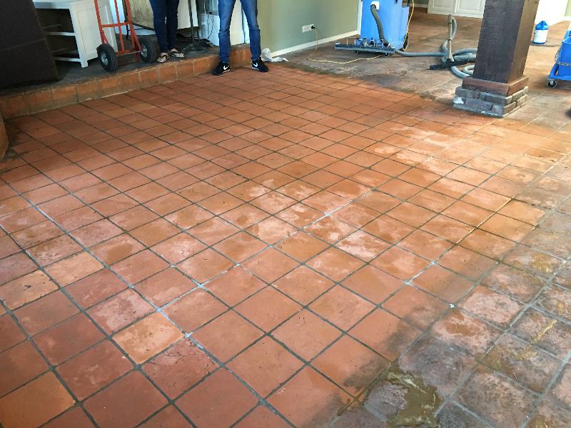 Tegel vloer na reiniging