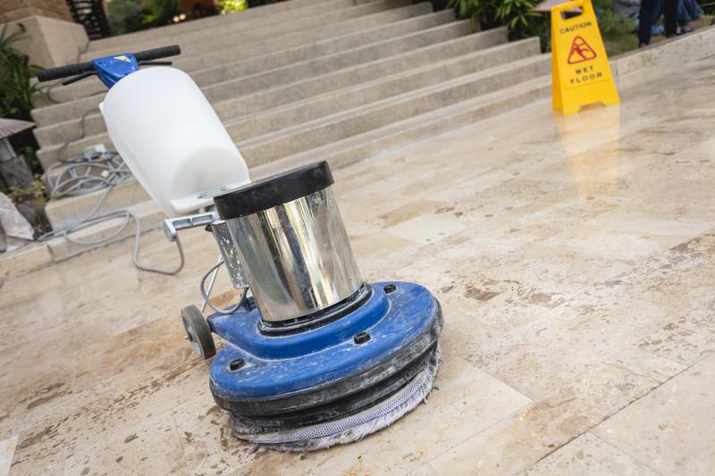 Belgisch Hardsteen vloer laten reinigen en onderhouden