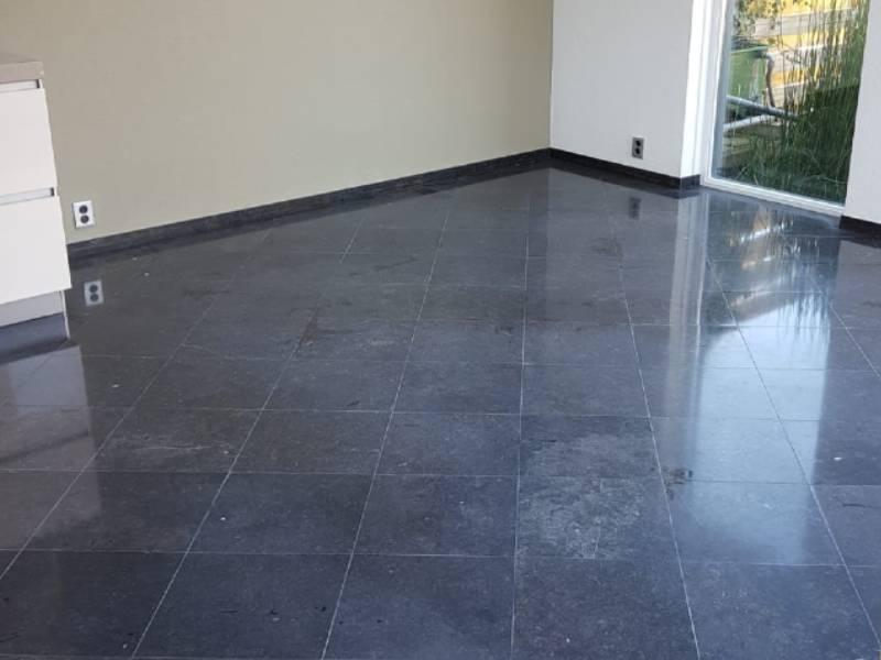 Belgisch Hardsteen Vloer Reinigen En Onderhouden
