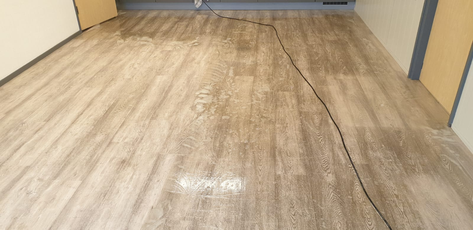 PVC Vloer laten behandelen en onderhouden